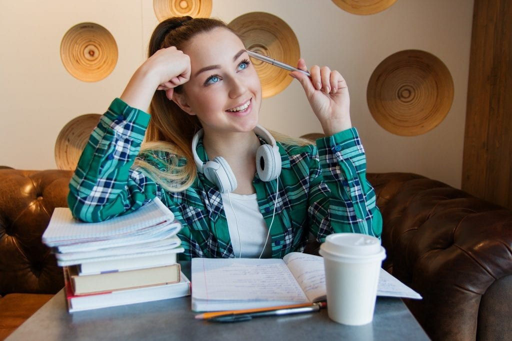 175 Examples of Good Research Paper Topics
