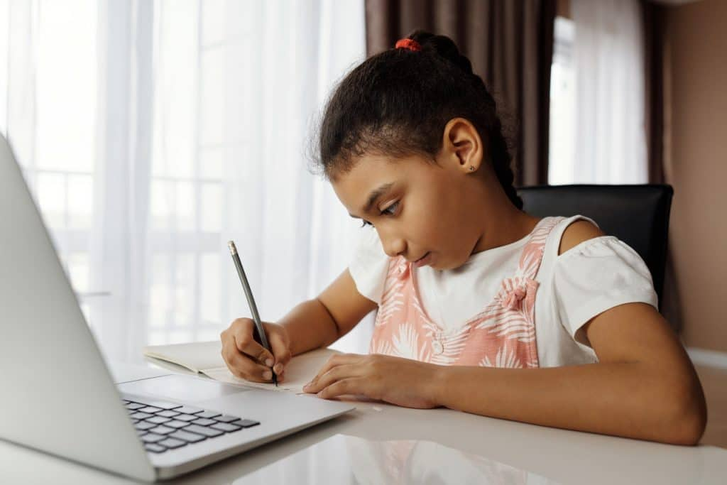 What are Highly Effective Study Habits to Maintain?